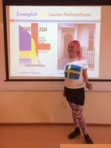 Louise Halvardsson föreläser om Svenglish på Brinellgymnasiet i Nässjö. Foto: Jenny Sandberg